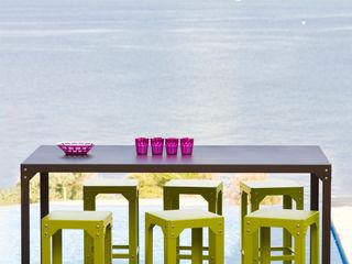 A table ! Vue Jardin JardinMeubles Fer / Acier Multicolore