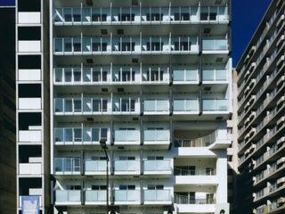 あお建築設計 Moderne huizen Tegels Blauw