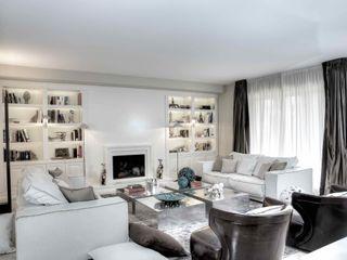 Ernesto Fusco モダンデザインの リビング 木 白色