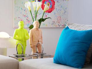 Thaisa Camargo Arquitetura e Interiores ArtworkOther artistic objects Multicolored
