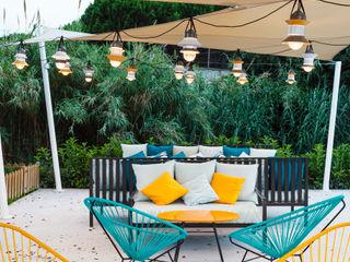 DyD Interiorismo - Chelo Alcañíz Tropical style gardens