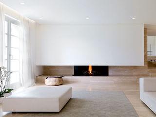 Reggiani SPA Illuminazione Salones de estilo minimalista Blanco