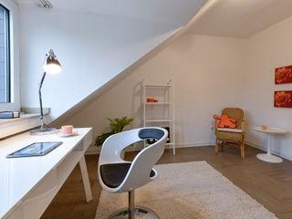 Arbeiten raumessenz homestaging ArbeitszimmerAccessoires und Dekoration