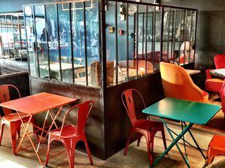 Frédéric TABARY Офісні приміщення та магазини Метал Різнокольорові