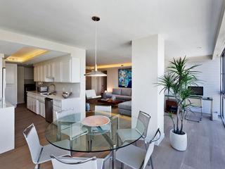 Weber Arquitectos Modern Dining Room