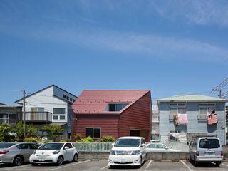 本間義章建築設計事務所 Rumah Modern