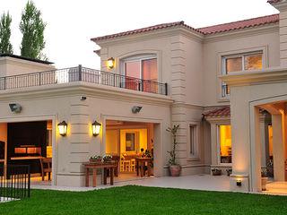 EXTERIORES JUNOR ARQUITECTOS Casas modernas: Ideas, imágenes y decoración
