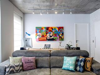 Adriana Pierantoni Arquitetura & Design Oficinas de estilo moderno