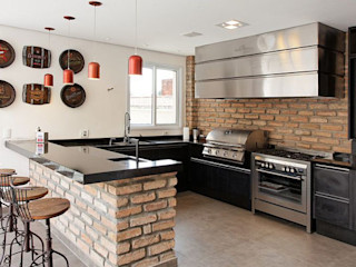 Retrofit - Residência Alphaville Moran e Anders Arquitetura Cozinhas modernas
