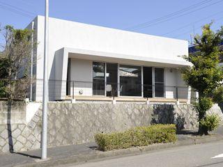 久安典之建築研究所 Rumah Minimalis Kaca White