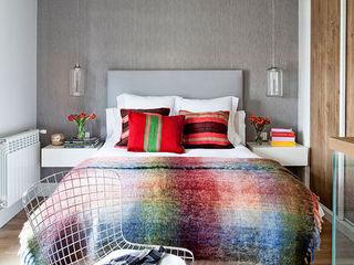 BELEN FERRANDIZ INTERIOR DESIGN Camera da letto moderna