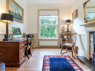 Cosy & Traditional Home Office homify Estudios y oficinas estilo rural