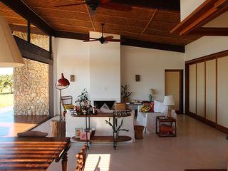 Ambienta Arquitetura Living room