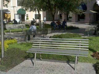 Nacional de Bancas Modern Garden