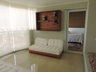 PL ARQUITETURA Balcone, Veranda & Terrazza in stile classico