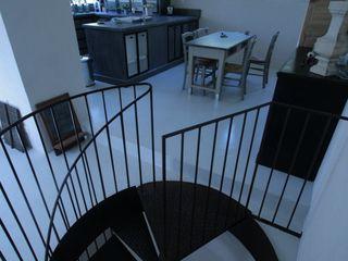 Stairways Frédéric TABARY Коридор Метал Різнокольорові