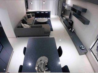 Bisma Bienes Raices Living roomSide tables & trays