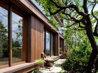 向山建築設計事務所 Modern houses Wood