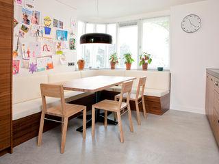 Egbert Duijn architect+ Modern dining room