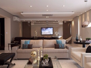 Maluf & Ferraz interiores Modern Living Room Beige
