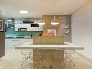 CASA Arquitetura e design de interiores KitchenTables & chairs