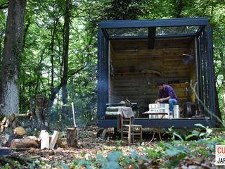 Un CUBE dans la forêt Un CUBE dans mon jardin JardinAbris de jardin & serres Bois Multicolore