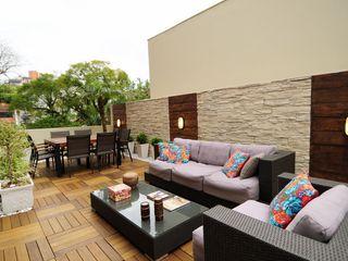 Marcelo John Arquitetura e Interiores Balcones y terrazas de estilo ecléctico
