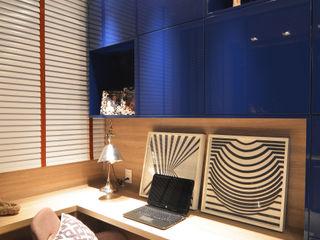 ANNA MAYA ARQUITETURA E ARTE Modern study/office Wood Blue