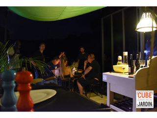 Un CUBE le soir... Un CUBE dans mon jardin SalonAccessoires & décorations Bois Multicolore