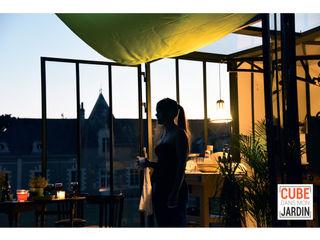 Un CUBE le soir... Un CUBE dans mon jardin Balcon, Veranda & TerrasseAccessoires & décorations Métal Multicolore