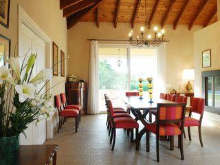 Casa Martindale JUNOR ARQUITECTOS Comedores clásicos