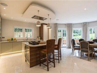Ascot Luxury Home Quirke McNamara Cocinas de estilo moderno