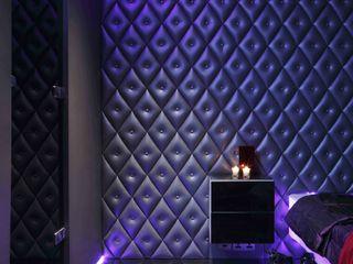 Kensington luxury modern warehouse Quirke McNamara Dormitorios de estilo industrial Metálico/Plateado