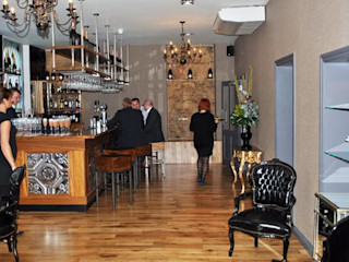 Modern bar and restaurant design London Quirke McNamara Bares y clubs de estilo moderno