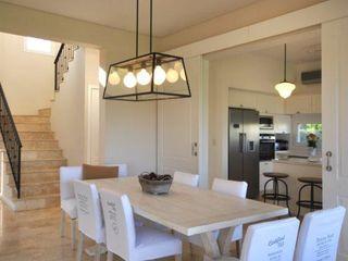 Parrado Arquitectura Classic style dining room