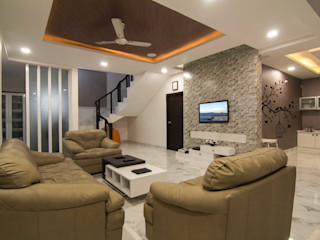 KREATIVE HOUSE Koridor & Tangga Gaya Eklektik Ubin White