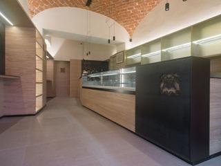 Mario Ferrara Bars & clubs