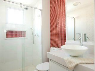 ProArq Brasil Moderne Badezimmer Keramik Rot