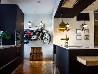 Badalona Home Design CONTRACT SOLUTIONS Cocinas de estilo industrial