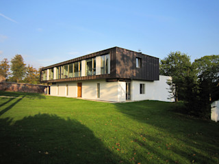 Groveside House The Chase Architecture Moderne huizen Koper / Brons / Messing Wit