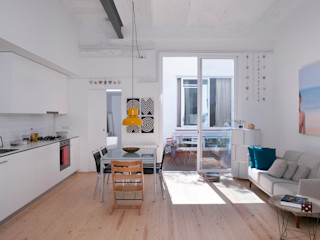 Reforma de vivienda y estudio de fotografía OP manrique planas arquitectes Salones de estilo industrial