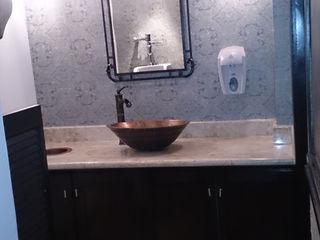 VIVAinteriores Klasyczna łazienka Drewno Brązowy