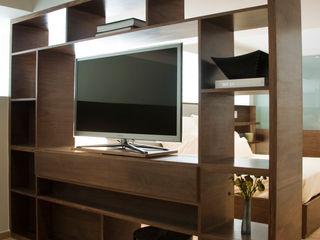 Basch Arquitectos Multimedia roomFurniture Wood