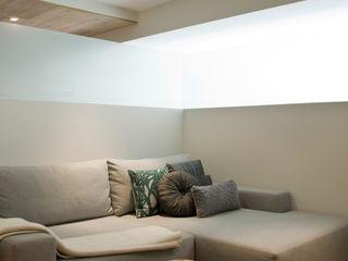 Basch Arquitectos Living roomSofas & armchairs Wood Grey