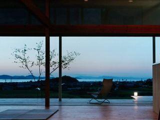 松永鉄快建築事務所 Modern Living Room Solid Wood Wood effect