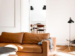 House near Berlin Loft Kolasinski Scandinavische woonkamers Hout Wit