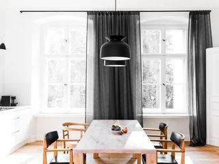 House near Berlin Loft Kolasinski Scandinavische keukens Massief hout Hout