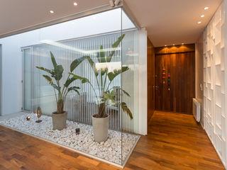 VISMARACORSI ARQUITECTOS Modern conservatory