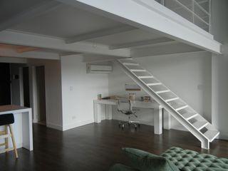 Loft en Martinez Fainzilber Arqts. Livings modernos: Ideas, imágenes y decoración