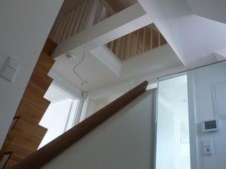 Donhauser Postweiler Architekten Коридор
